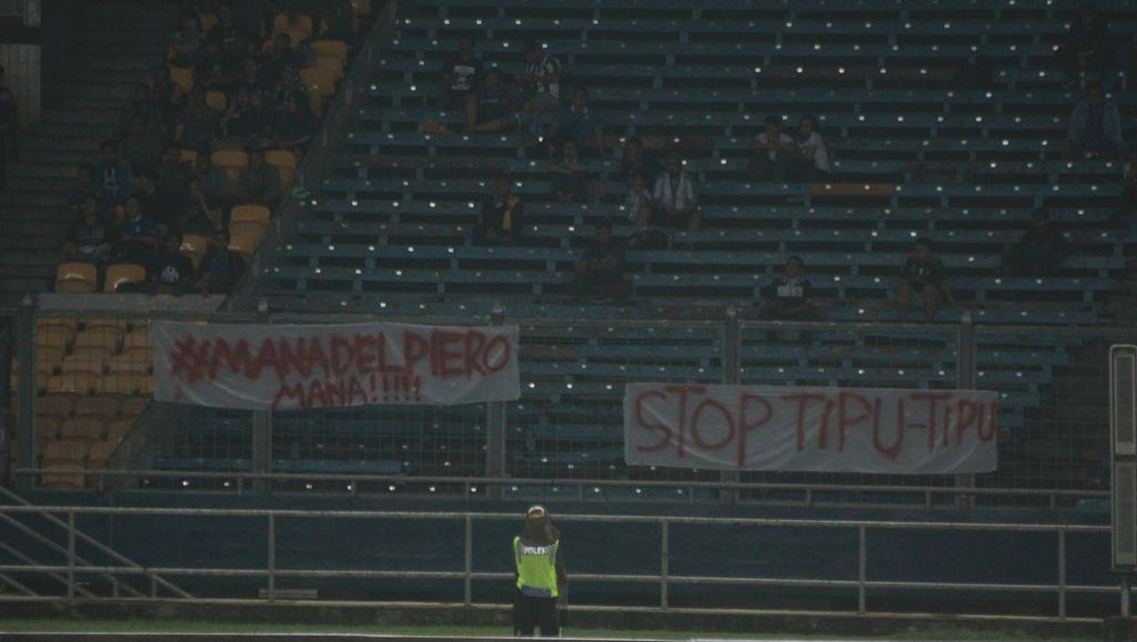 Laga Calcio Legends Sepi Penonton, Del Piero pun Tak Ada