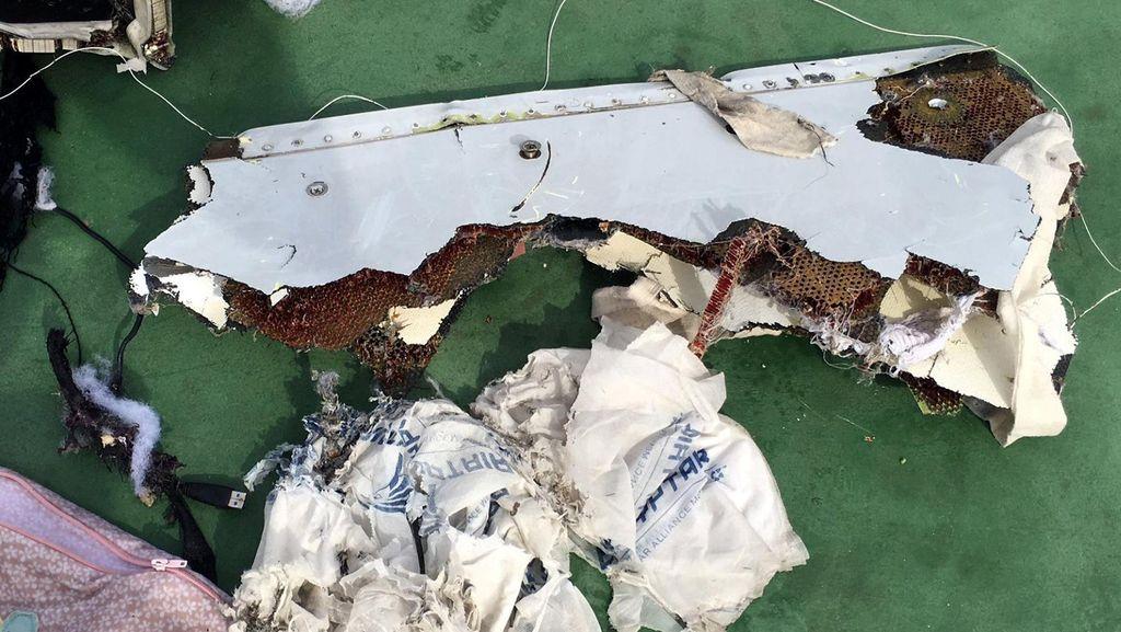 Puing Pesawat EgyptAir Ditemukan