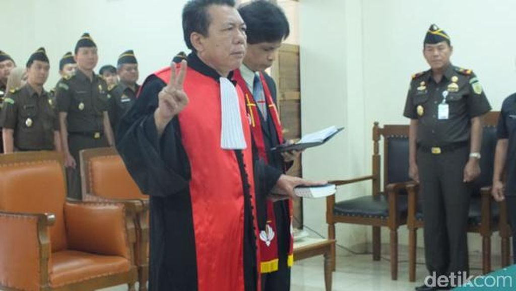 Kantongi Gaji Rp 20 Jutaan per Bulan, Mengapa Hakim Janner Masih Terima Suap?