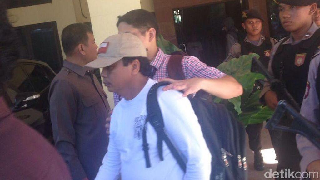 Ketua PN Kepahiang dan 5 Orang Lainnya Tiba di Gedung KPK
