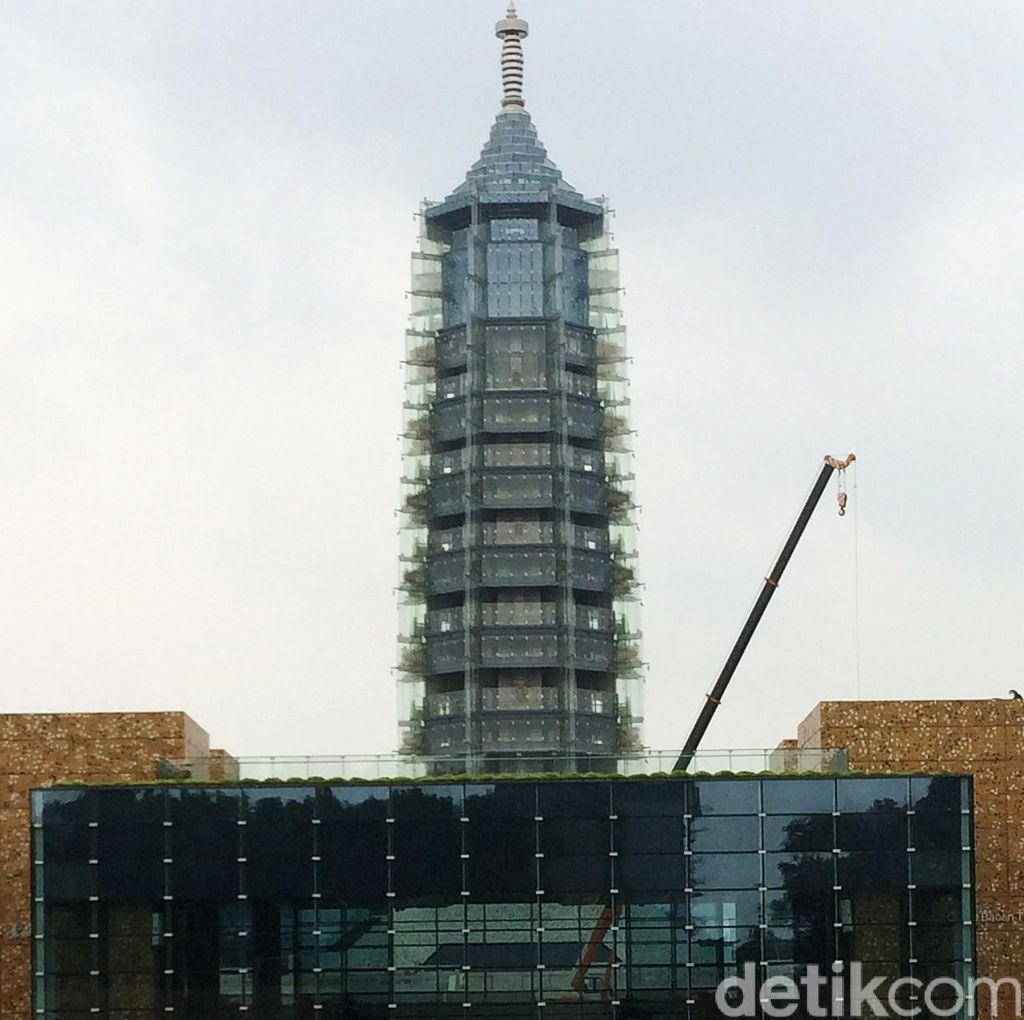 Berkunjung ke Menara Porselen Nanjing