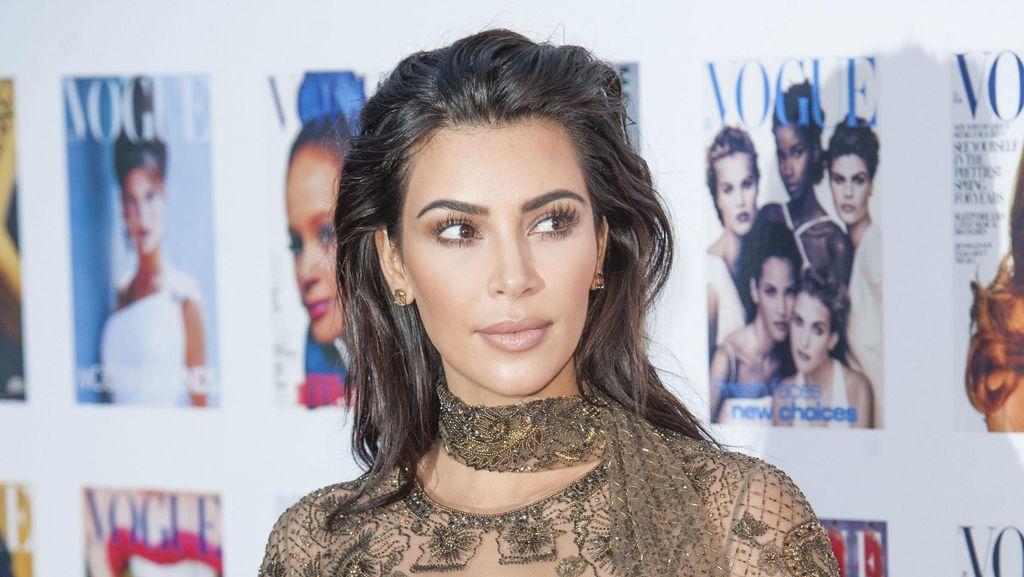 Kim Kardashian Raih Pendapatan Rp 591 M dari Game Ponsel