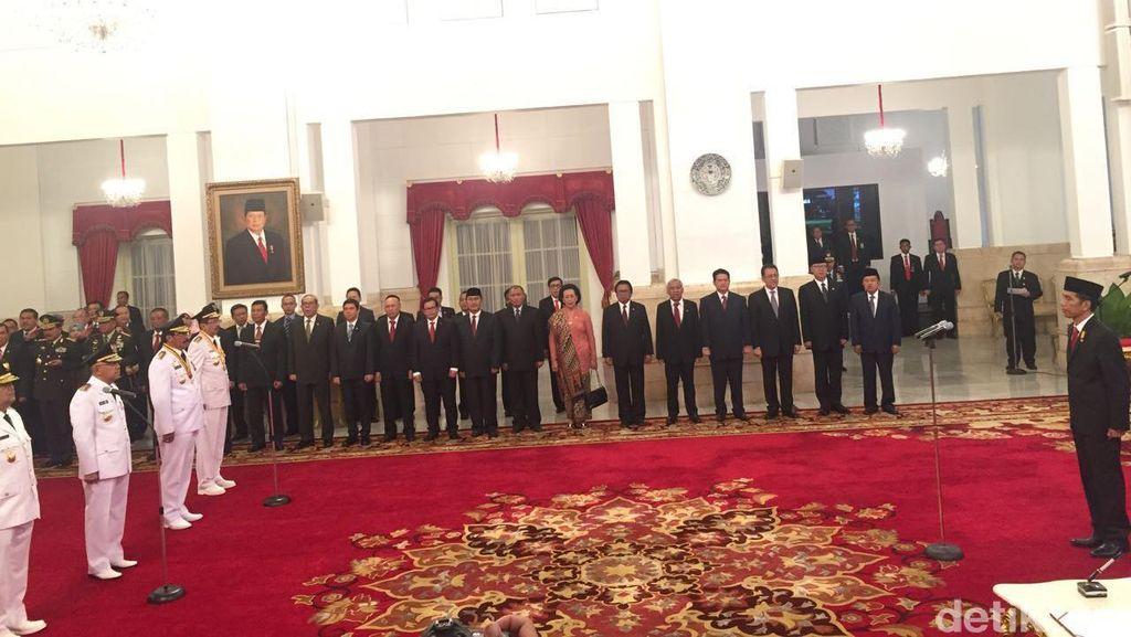 Lantik 4 Gubernur dan 2 Wagub, Jokowi Ingatkan Agar Tepati Janji Kampanye