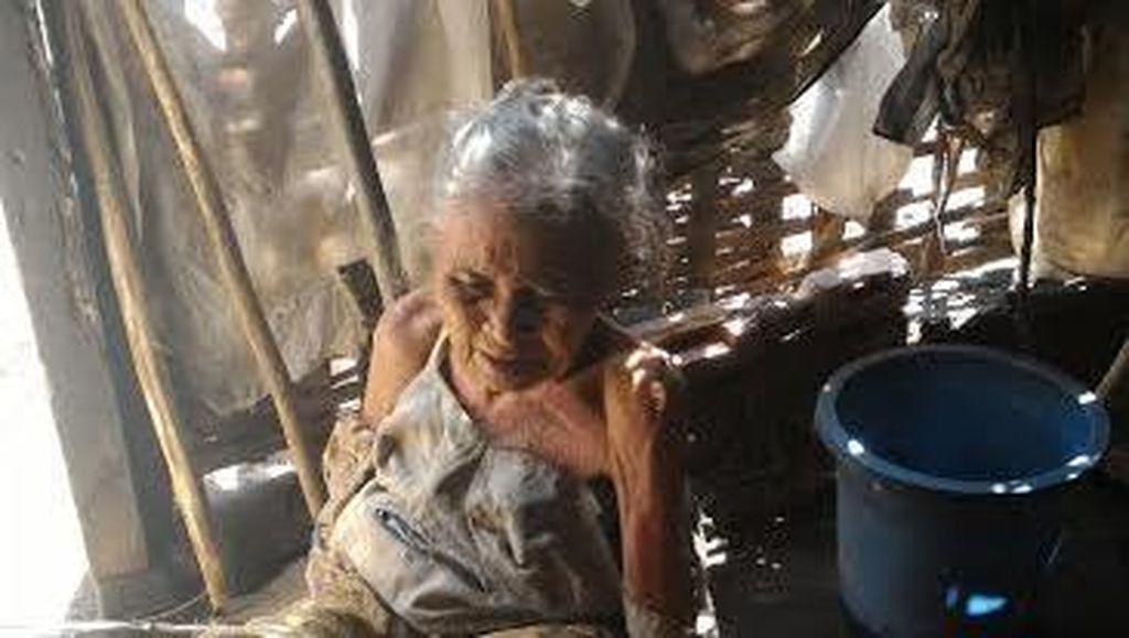 Mbah Lasinten Butuh Bantuan: Sebatang Kara di Gubuk Reyot dan Sedang Sakit
