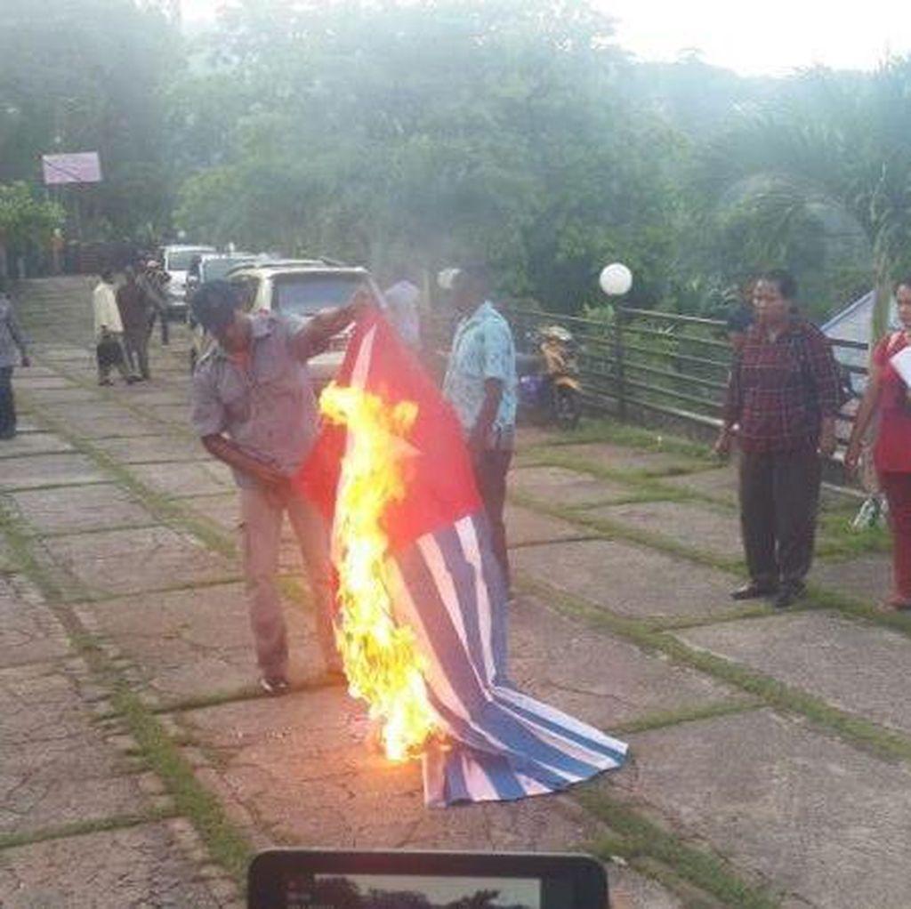 Bendera Bintang Kejora Dibakar di Jayapura