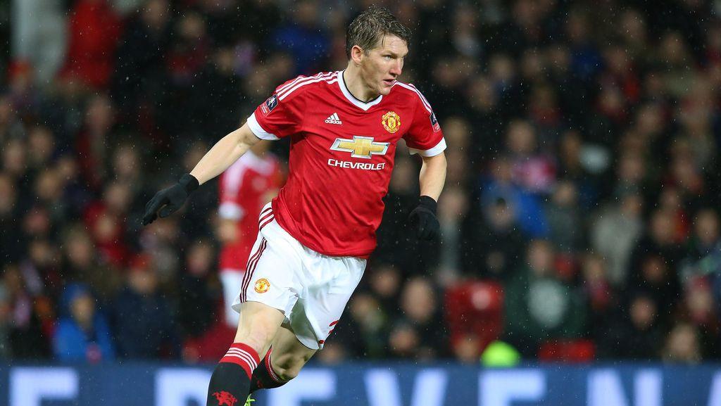 Tak Ada Masalah dengan Mourinho, Schweinsteiger Tegaskan Ingin Bertahan