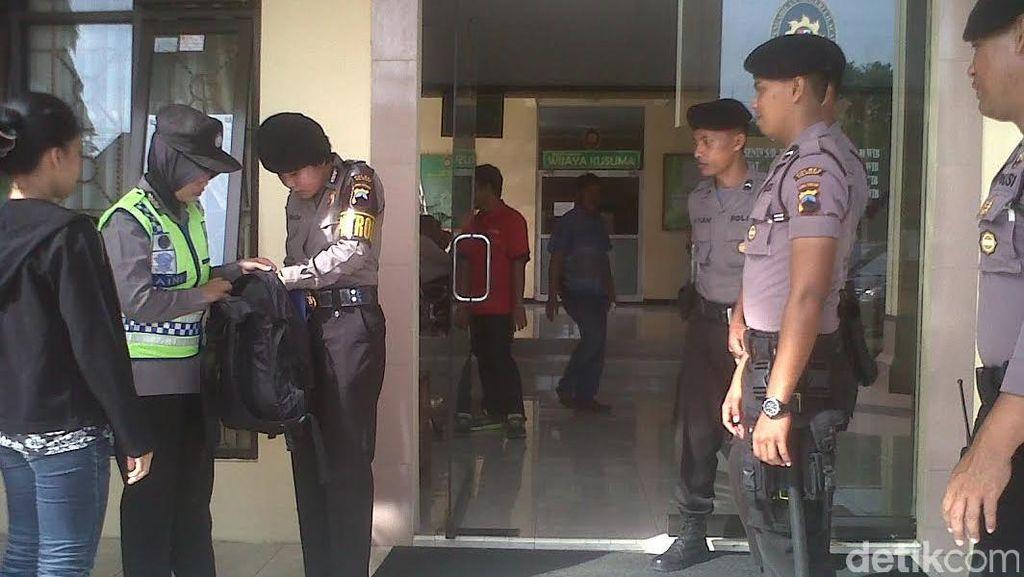 Ratusan Anggota Polisi Amankan Sidang PK Freddy Budiman