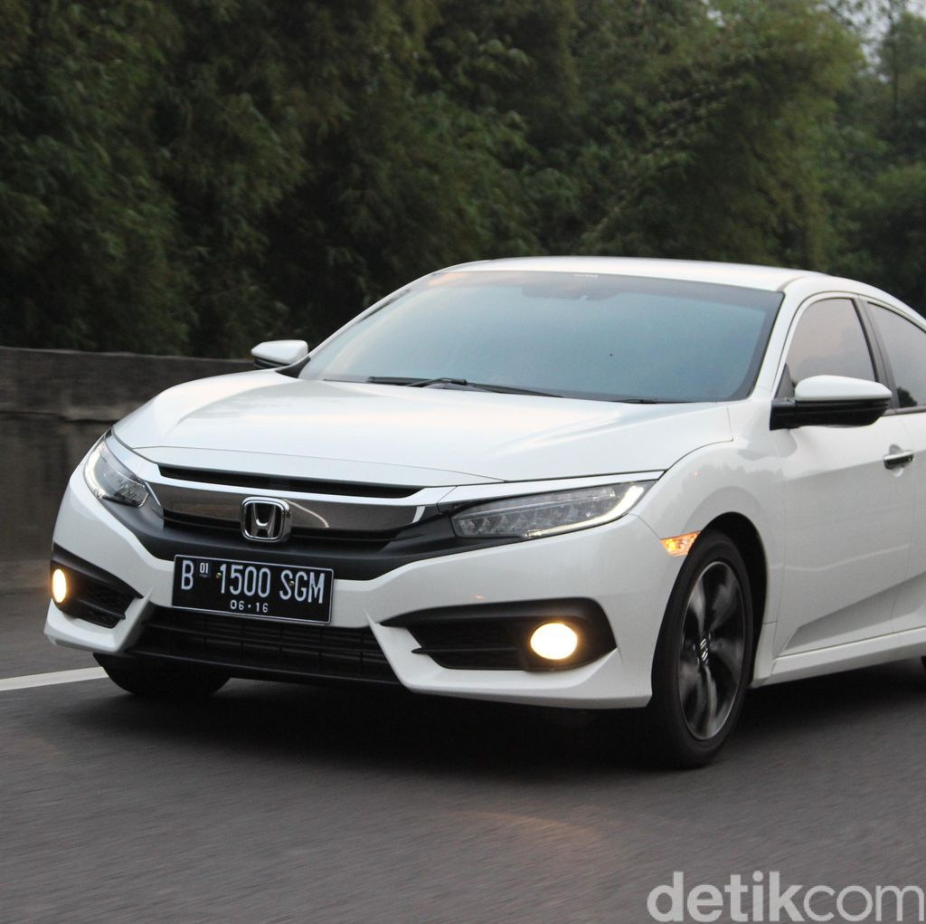 Honda: Civic Turbo Bantu Penjualan Sedan