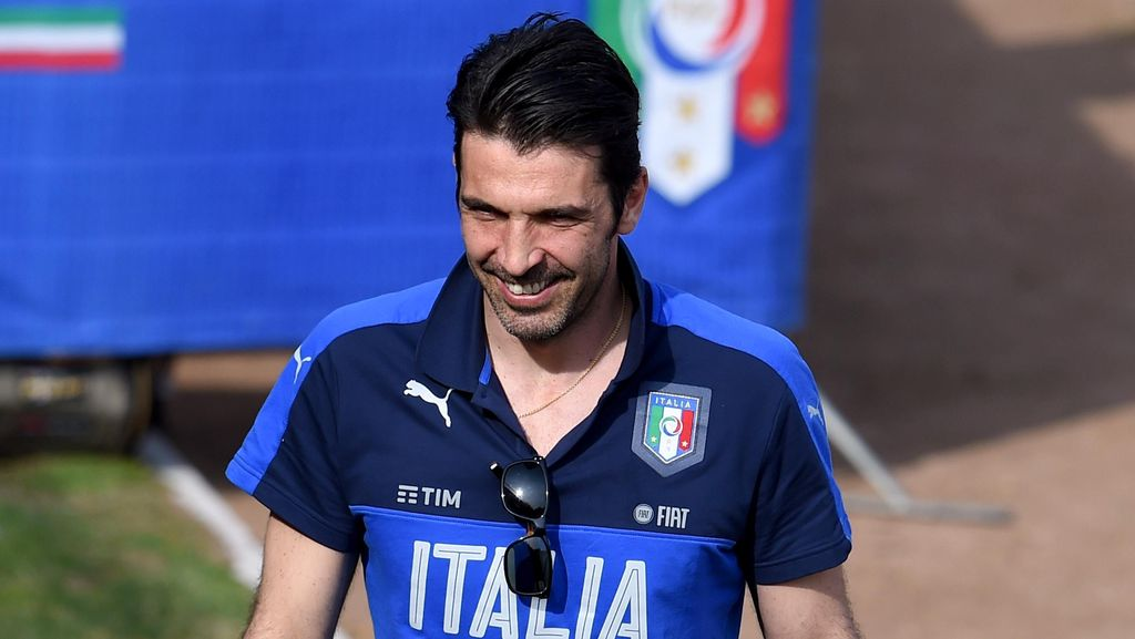Buffon: Italia Jangan Takut Bermimpi