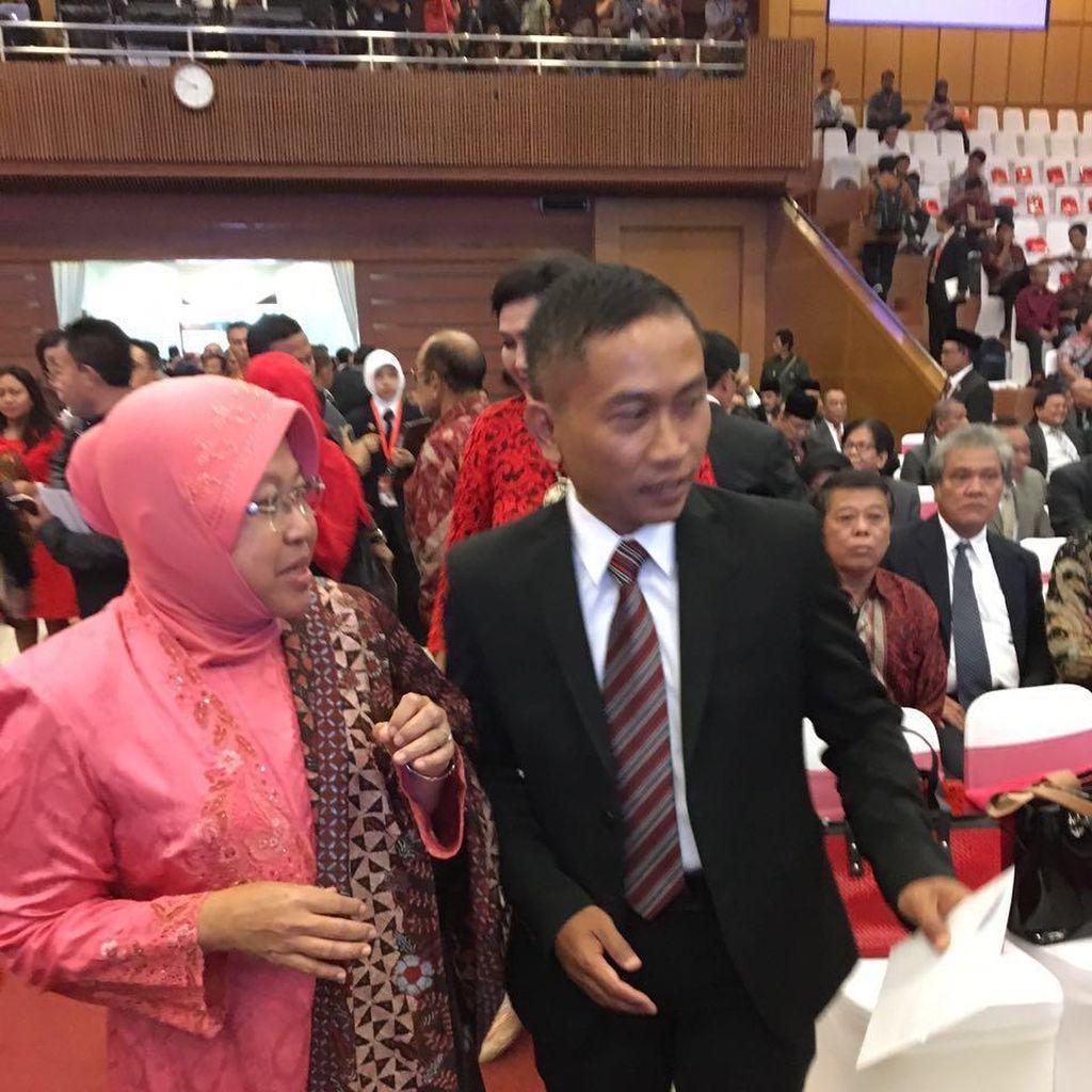 Risma-Yoyok Hadir Bersama ke Penganugerahan Honoris Causa Megawati