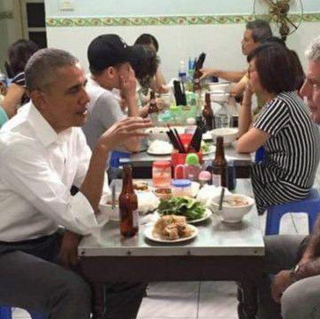 6 Hal tentang KTT Obama-Bourdain di Warung Vietnam
