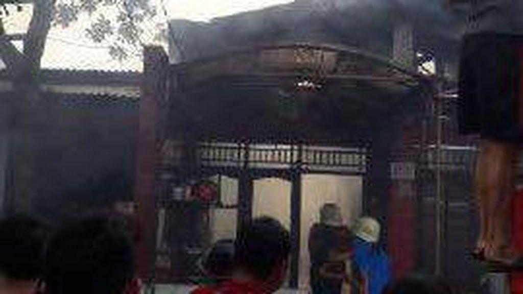 Rumah Dinas Paspampres di Depok Terbakar, 9 Unit Pemadam Meluncur