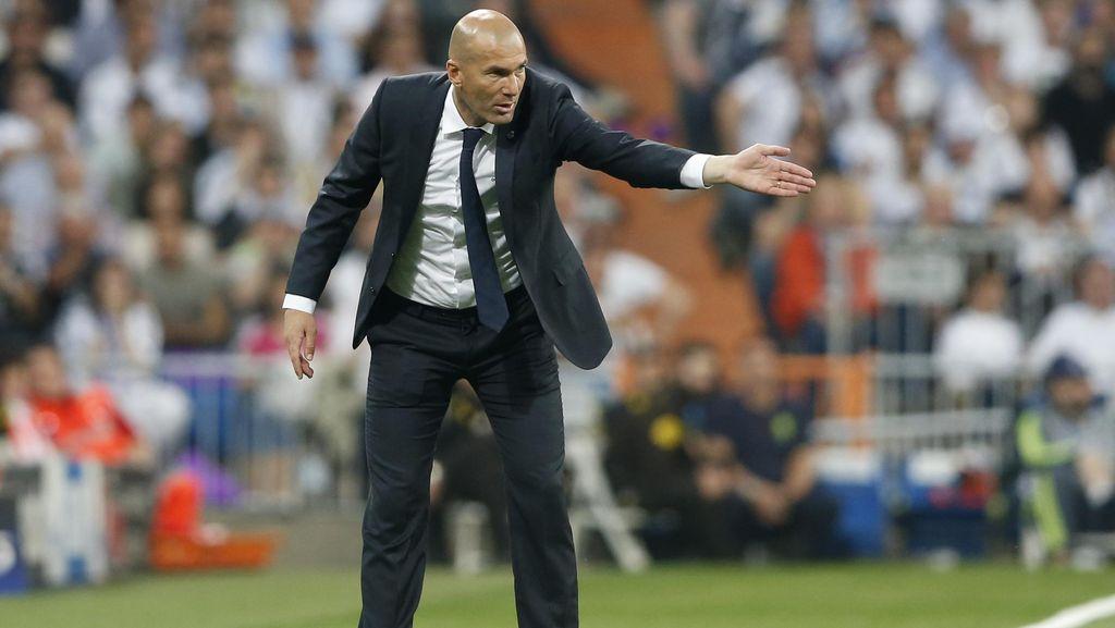 Zidane Sebut Larangan Transfer untuk Madrid Absurd