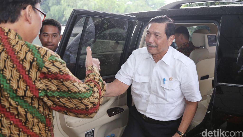 Luhut Temui Jokowi Bahas Soal Konflik Laut Cina Selatan