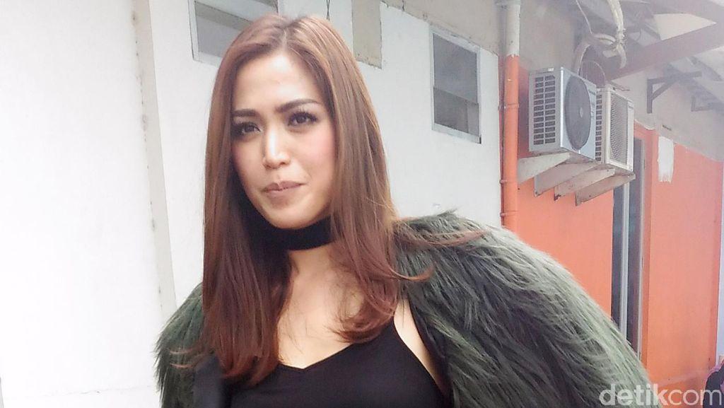 Jessica Iskandar Rela Kerja Keras Demi El