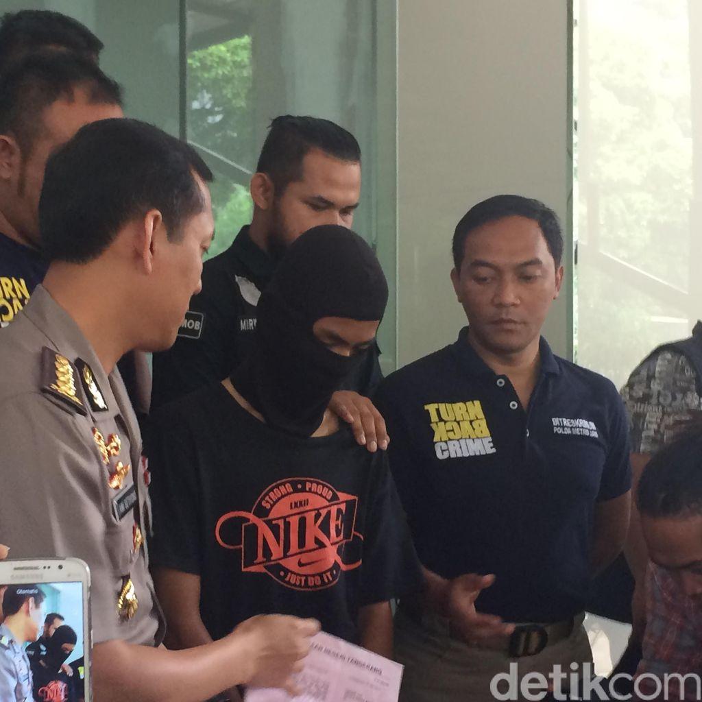 RAL Tersangka Pembunuhan Eno Diserahkan ke Kejari Tangerang