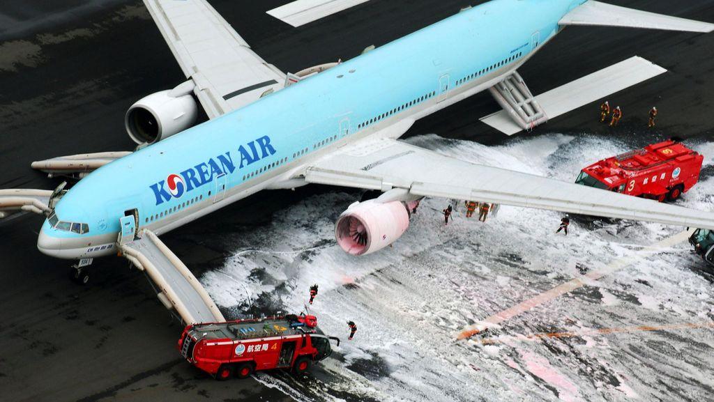 Mesin Korean Air Berasap, Penumpang Dievakuasi