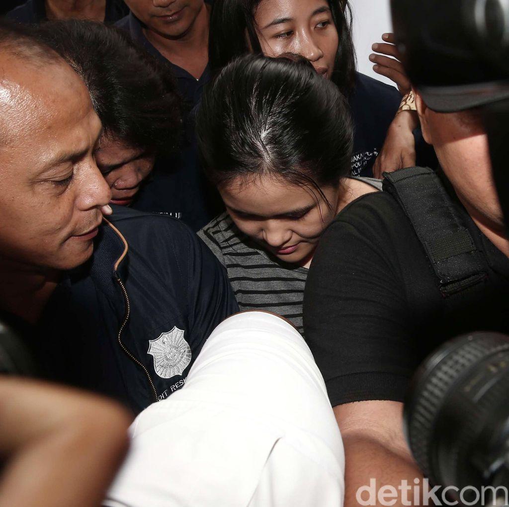 Jessica Tiba di Kejari Jakarta Pusat