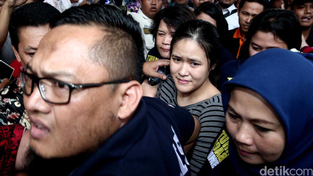 Jessica Dibawa Jaksa ke Rutan Pondok Bambu