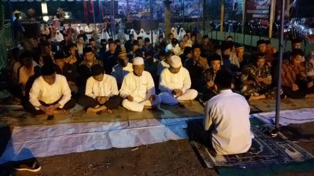 10 Tahun Gempa Yogya, Warga Bantul Gelar Renungan Sejak Subuh