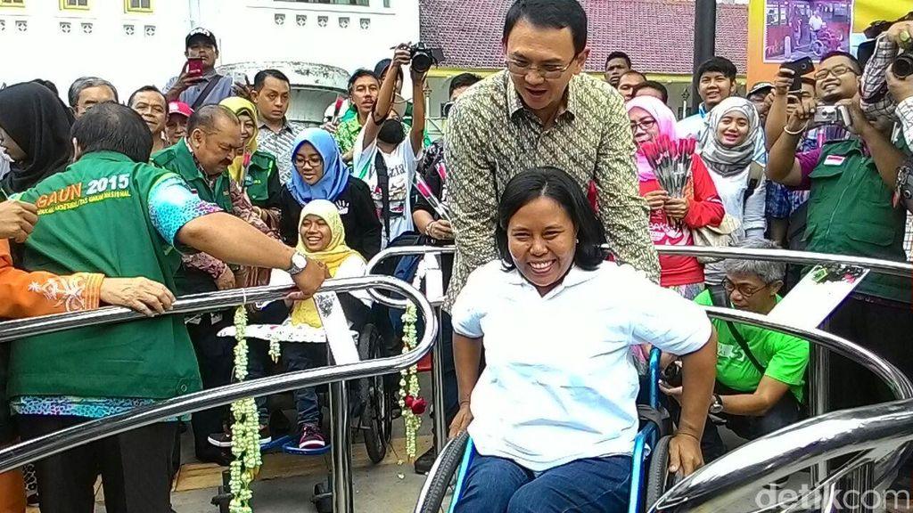 Ahok Akan Buat Toilet Sekelas Mal di Taman Monas dan Lapangan Banteng