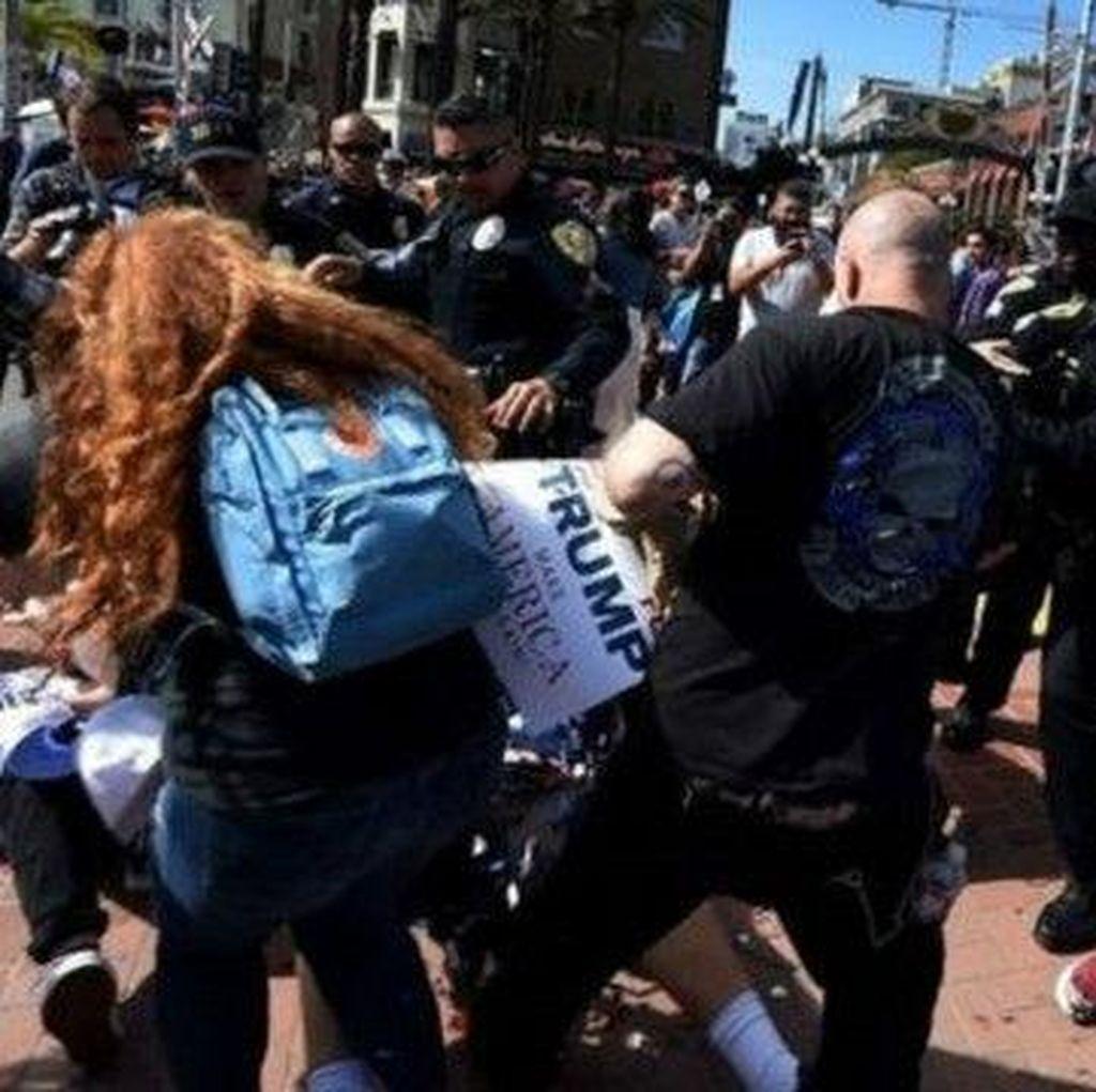 Kampanye Donald Trump Kembali Diwarnai Bentrokan