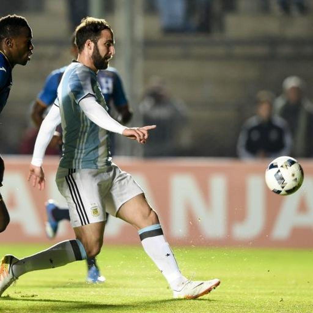 Gol Tunggal Higuain Menangkan Argentina atas Honduras