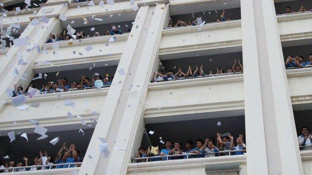 Murid China Dilarang Teriak dan Merusak Buku Pelajaran