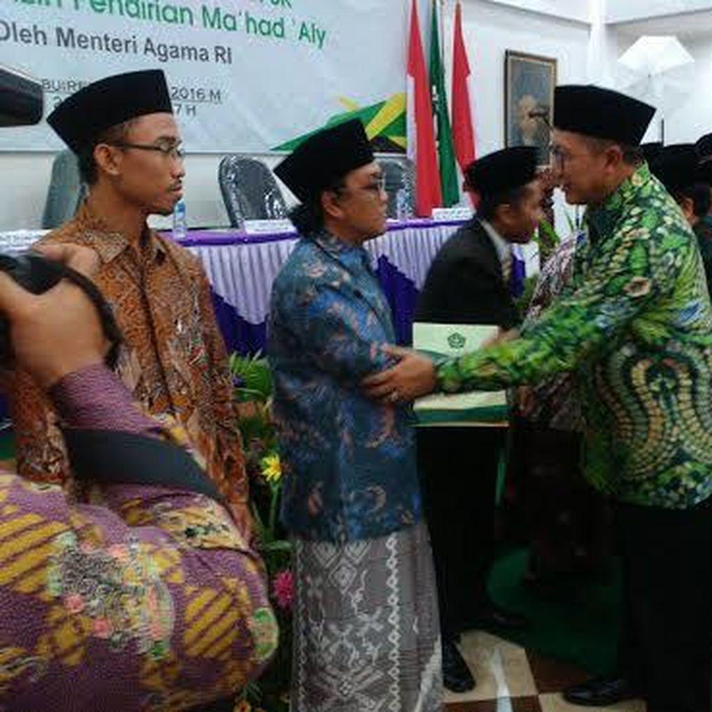 Menag Resmikan 13 Perguruan Tinggi Berbasis Pesantren di Indonesia