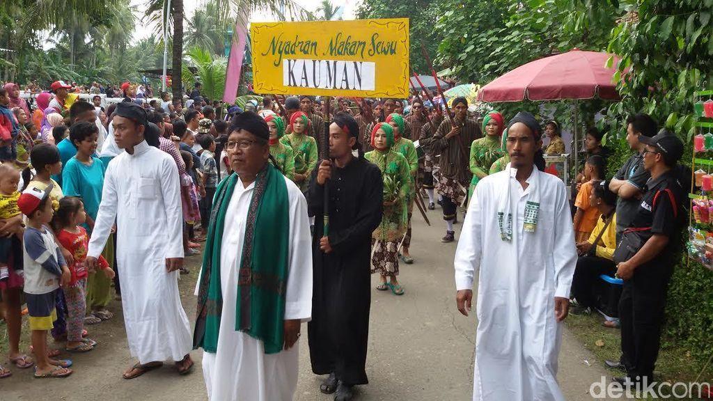 Sambut Ramadan, Ribuan Warga Gelar Tradisi Nyadran Makam Sewu di Bantul