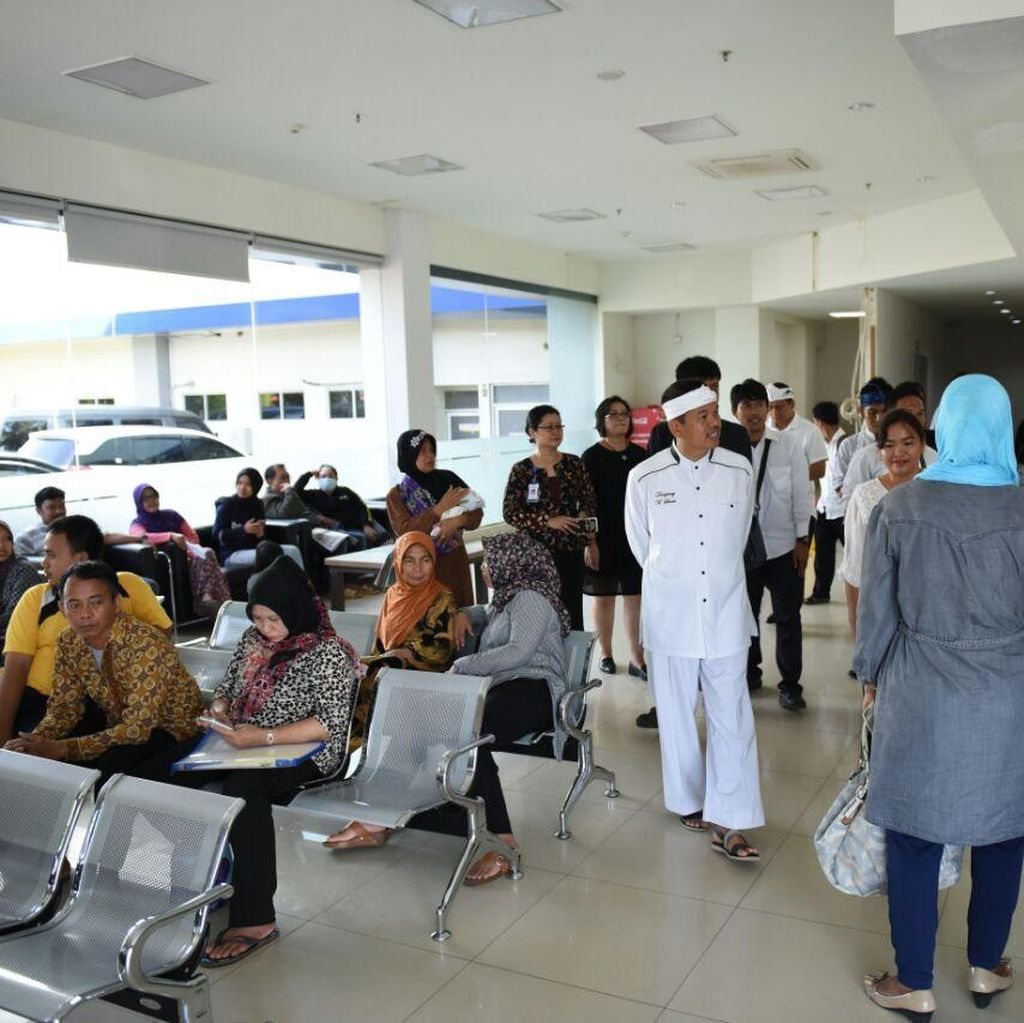 Ada Laporan Miring soal Pelayanan RS, Bupati Dedi Sidak: Petugas Jangan Jutek