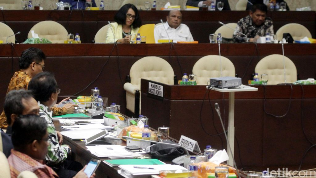 Gerindra, PKS, PKB dan PD Minta Syarat Calon Parpol di Pilkada Diringankan