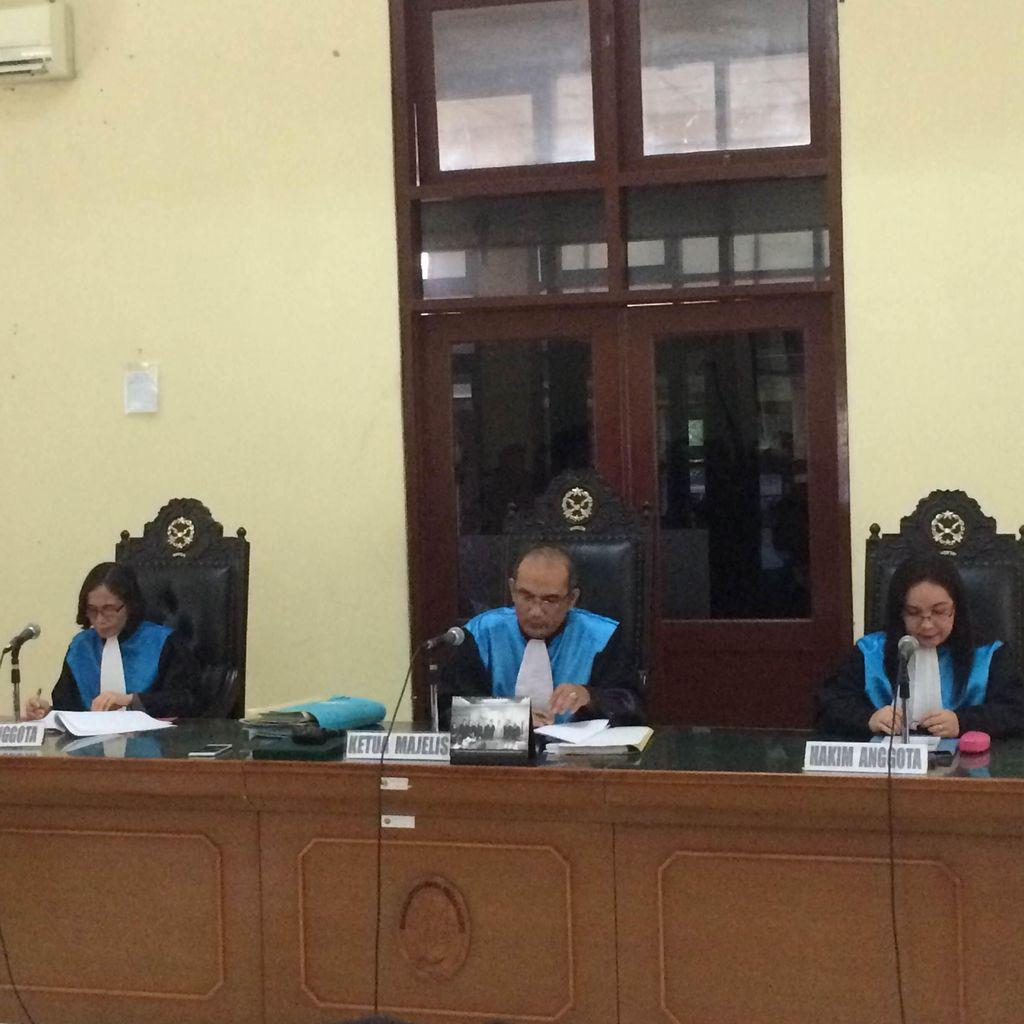 Pengacara Ahok akan Banding Atas Putusan PTUN Cabut Izin Reklamasi Pulau G