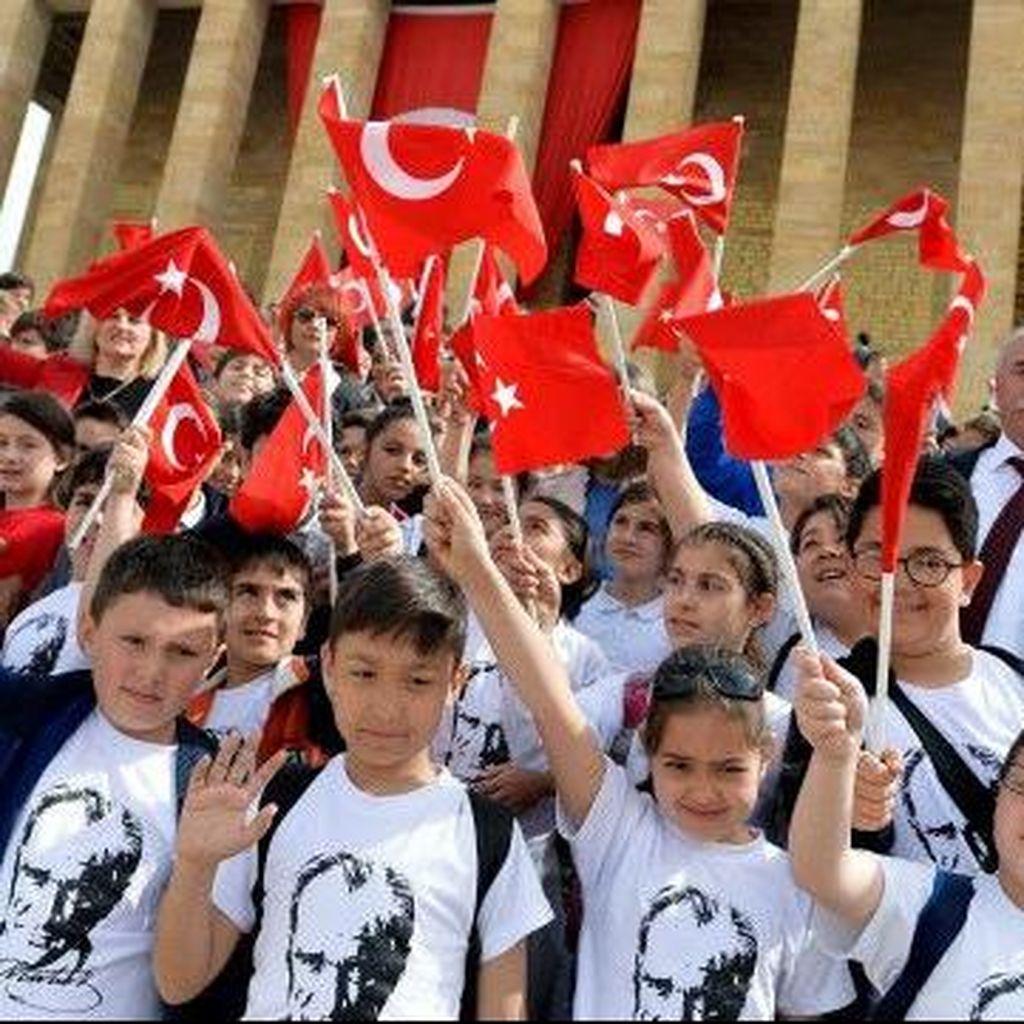 Erdogan: Keluarga Berencana Bertentangan dengan Islam