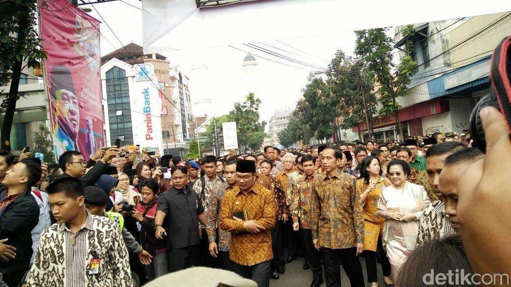 Jokowi Napak Tilas ke Penjara Sukarno di Banceuy