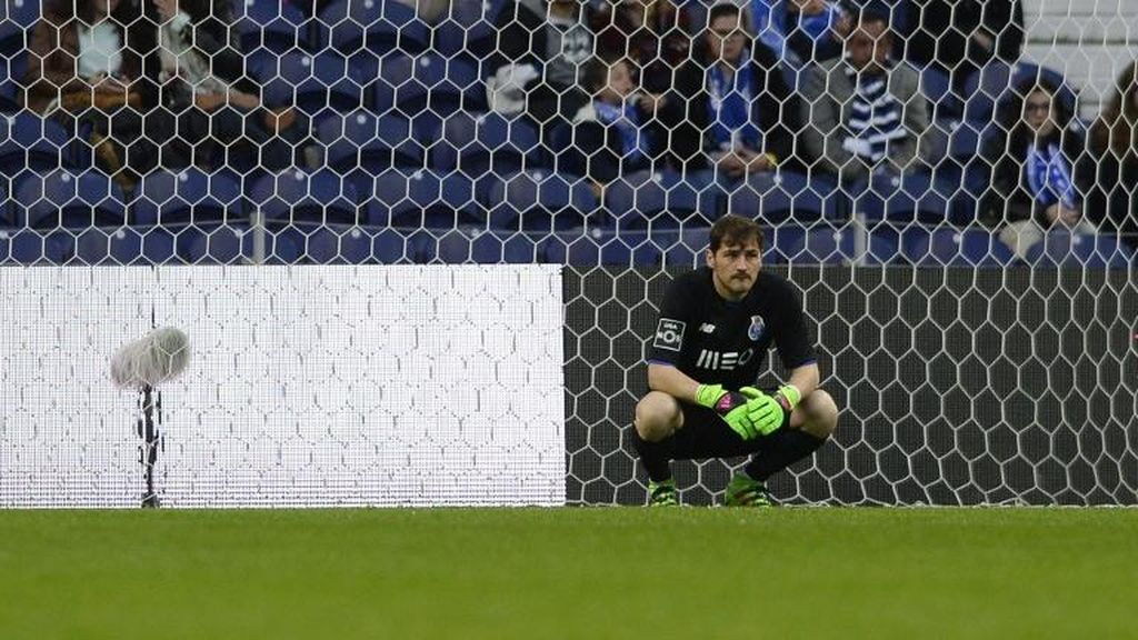 Casillas Bantah Rumor Akan Tinggalkan Porto