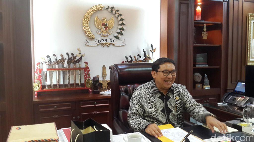 Sjafrie Siap Maju, Prabowo Belum Tentukan Cagub DKI dari Gerindra