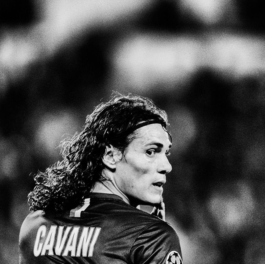 Cavani Minta Kontrak Baru ke PSG