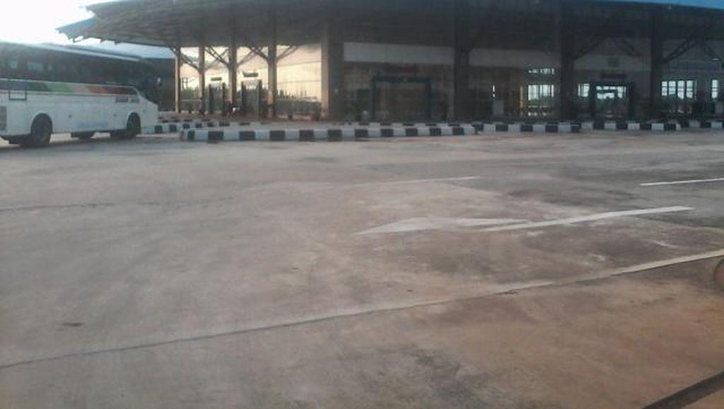 Terminal Pulogebang Uji Coba Operasi, Bus Lewat Jalur Reguler
