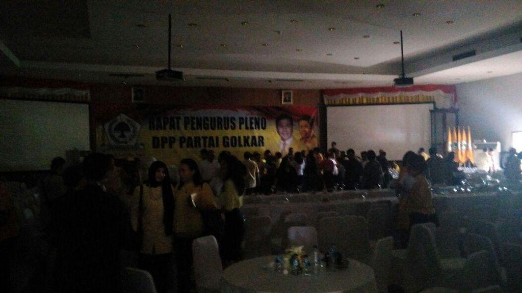 Rapat Perdana DPP Golkar 2016-2019 Bubar Gara-gara Mati Lampu