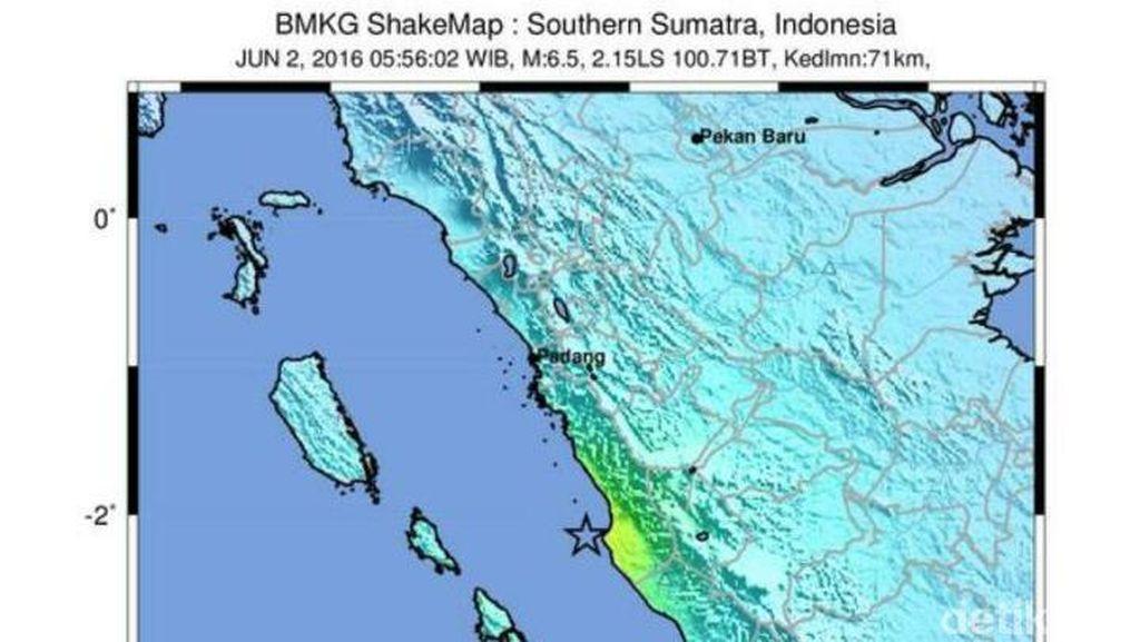 Desril Tewas Tertimpa Batu saat Gempa 5,4 SR Guncang Sumbar