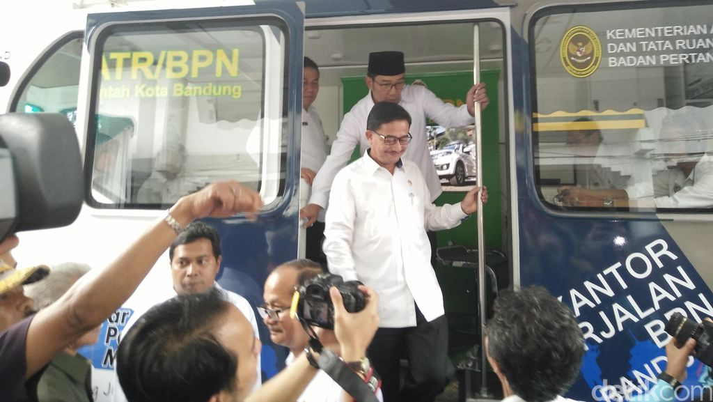 BPN Bandung Luncurkan Bus Kantor Berjalan