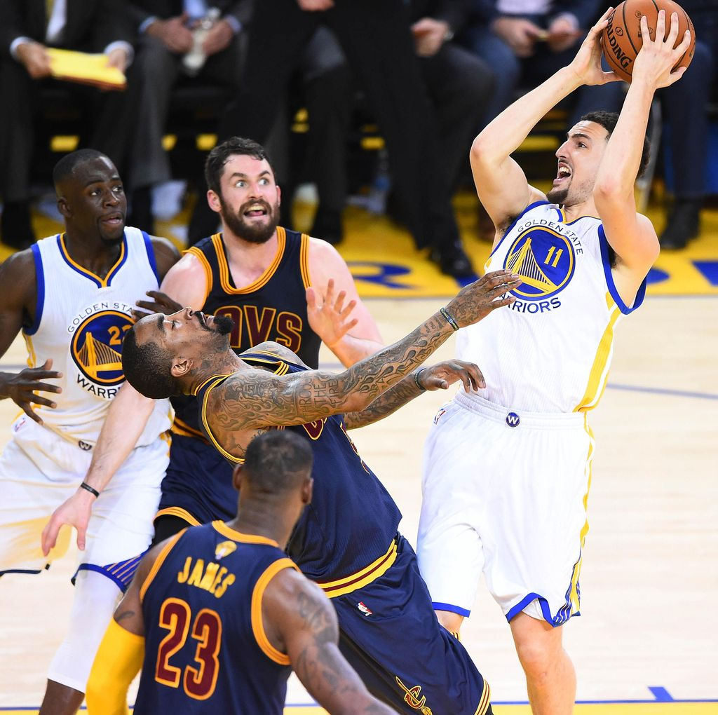 Warriors Gasak Cavs di Game I