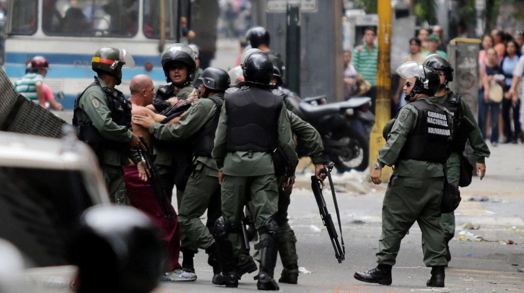 Berdemo di Dekat Istana Presiden, Warga Venezuela: Kami Ingin Makanan!