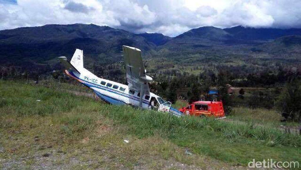 Pesawat Tabrak Pagar, Bupati Puncak Minta Pengembangan Bandara Ilaga