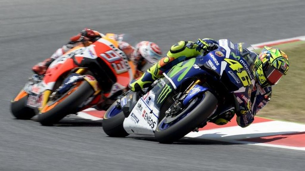 Rossi Sebut Jarak dengan Marquez Masih Terlalu Besar, Bertekad Pertahankan Laju Bagus