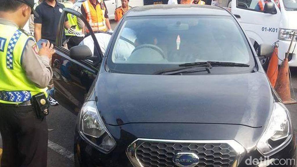 Mayat Pria Ditemukan di Mobil yang Parkir di Rest Area Tol Jagorawi
