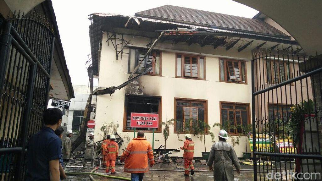 Kantor Dibakar Deddy Sugarda, Kajati Jabar: Kerugian Mencapai Rp 1,5 Miliar