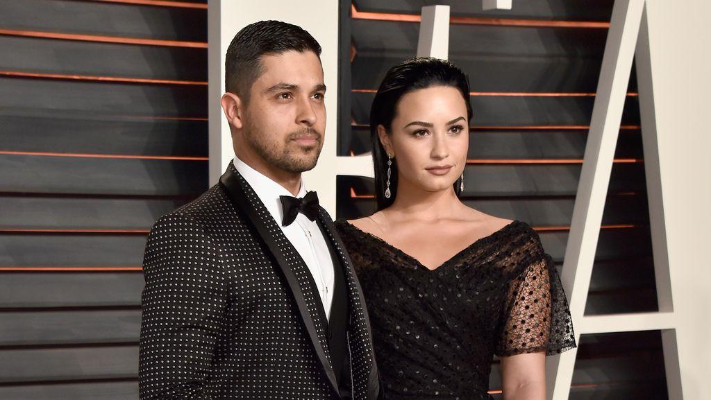 Mantan Punya Pacar Baru, Demi Lovato Sepenuh Hati Nyanyikan Lagu Adele