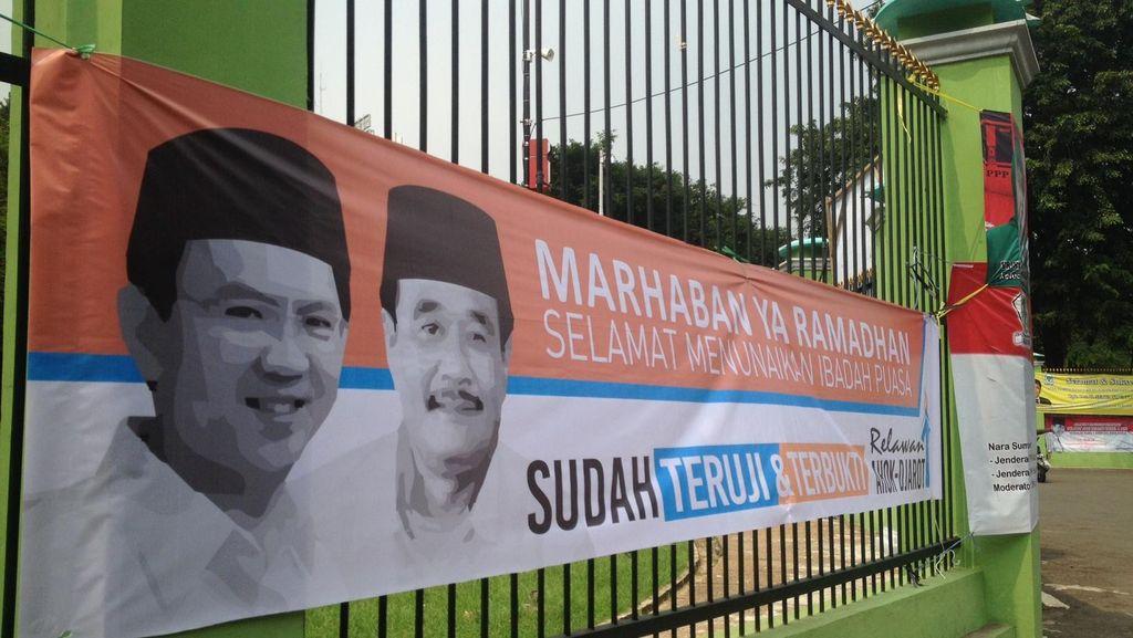 Politisi PDIP: Duet Ahok-Djarot Melengkapi, Tapi Spanduk di DPR Bukan dari Kami